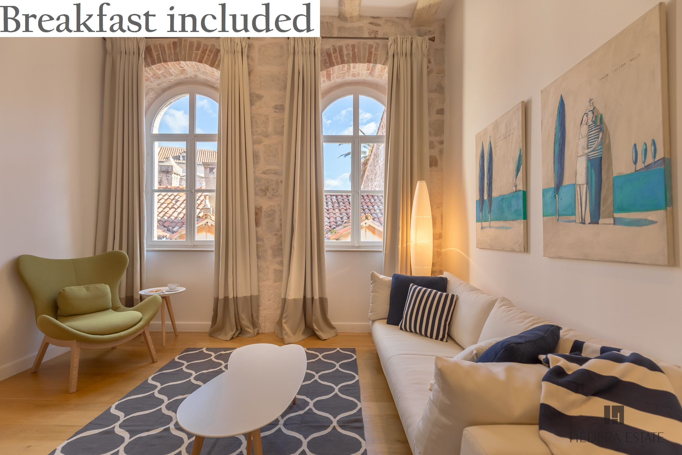 <p>Sleeps 4<br />1 bedroom<br />1 bathroom<br />Guest toilet</p><p>Aditional bed on the gallery<br />Center&nbsp;of the Old Town<br />Distance from beach: 50 meters</p>