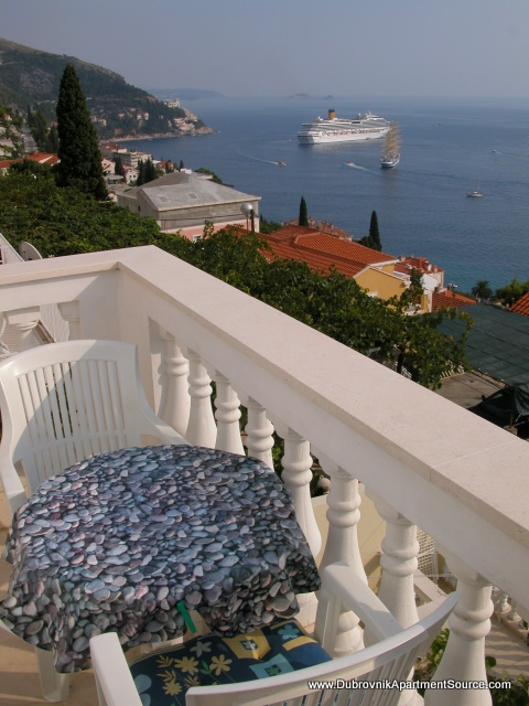 Aerie  Apt 1 450, Dubrovnik - walking distance to Old Town, Dubrovnik, Dubrovnik region