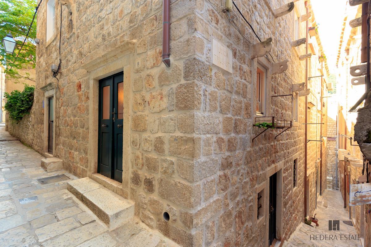 Hedera A11 726, Dubrovnik - Old Town, Dubrovnik, Dubrovnik region